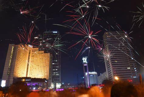 new year in jakarta new year s celebrations begin in style as australia