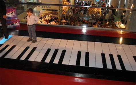 fao schwarz big city play table 14 cool and pianos