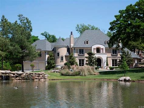 tulsa luxury homes tulsa ok luxury homes for sale 2 130 homes zillow