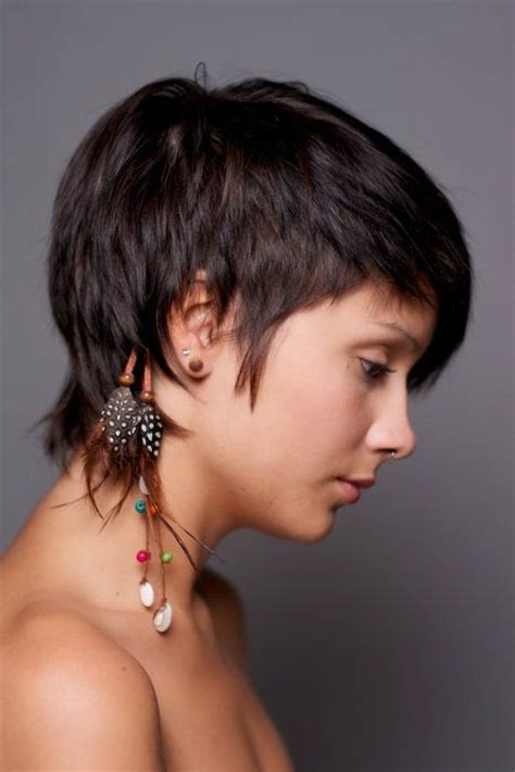 hairstyles for women feathered back on sides la moda en tu cabello estilos de cortes pixie primavera