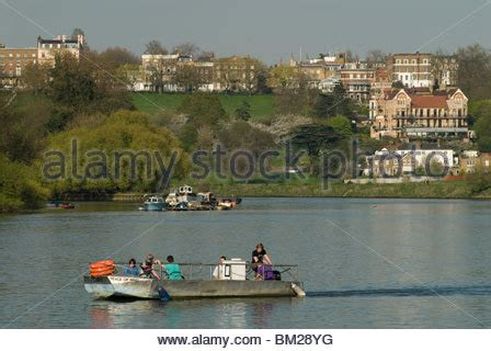 Thames River Ferry Richmond | hammertons ferry across river thames at richmond surrey