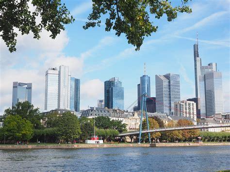 deutsche bank stellen deutsche bank baut 1000 stellen ab reich sein fetzt de