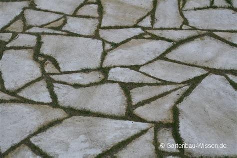 Naturstein Terrasse Kosten by Terrassenplatten Aus Naturstein F 252 R Mediterranes Flair Im