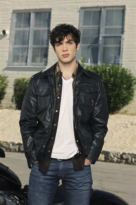 Ethan Wiki by Ethan Peck Profile Biography Pictures News