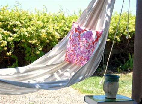 Make Your Own Hammock 15 easy diy projects to make your backyard awesome the garden glove