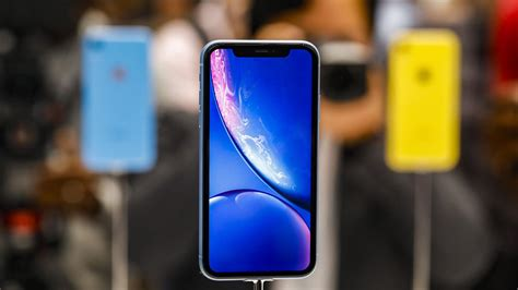 iphone xr xs xs max apple s three new iphones start at 749 999 1 099 cnet