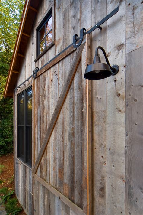 Ross Garage Doors by How Do I Get A Barn Distressed Look On A Wood Or Steel