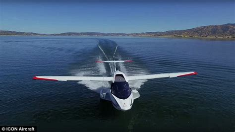 small boat plane tesla like icon a5 seaplane reaches 110mph and can be