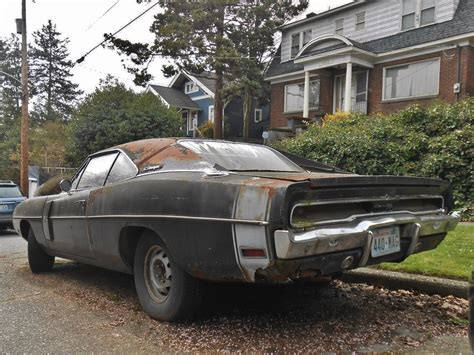 Seattle's Parked Cars: 1970 Dodge Charger R/T