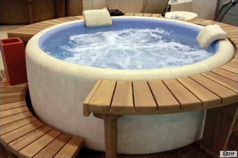taille baignoire balneo spa ou baignoire baln 233 o que choisir travaux