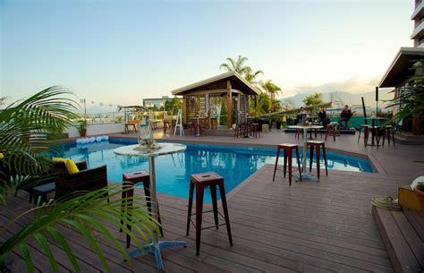Tas Pool Cairns lilo restaurant bar cairns menus reviews bookings