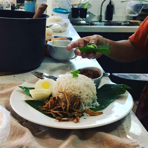 Rice Cooker Batik nasi lemak cooking emilia batik house
