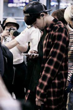 Masker Mulut Kpop Exo 140603 chanyeol hongkong airport exo