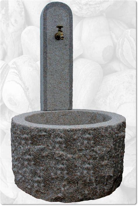 Gartenbrunnen Stein Modern by Granitbrunnen Modern Granitbrunnen Modern