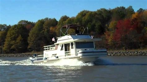 fast houseboat tony and joanne s quot jt s b b quot gibson houseboat youtube