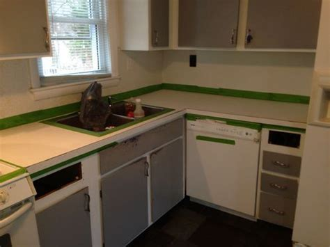Daich Countertop Refinishing Kit by A Review Of The Spreadstone Mineral Select Countertop Refinishing Kit By Daich Coatings Plus