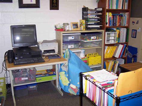 Creative Desk Organization Ideas For Office Staff The Desk Organizing Tips