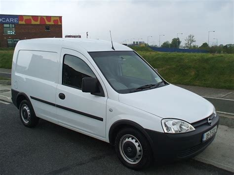 2007 Opel Combo Photos Informations Articles