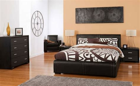 leather bedroom suite 1000 images about in the bedroom on pinterest rebecca