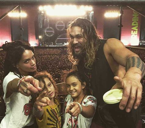 jason momoa s wife kids and scar all you need to know