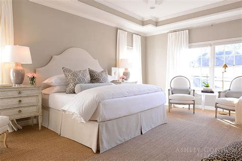 cream and white bedroom interior design inspiration photos by ashley goforth design