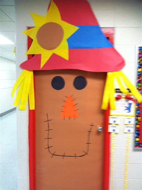 fall classroom decorating ideas second grade smiles fall classroom decorating ideas