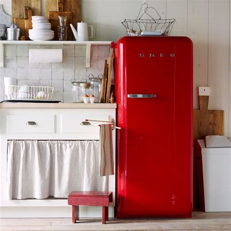 making it lovely retro refrigerators and mini fridges making it lovely