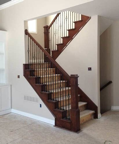 what s the best baby gate for large doorways and spaces