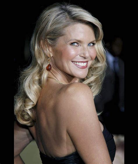 lady over 60 pic gallery christie brinkley looks glamorous the hottest women over