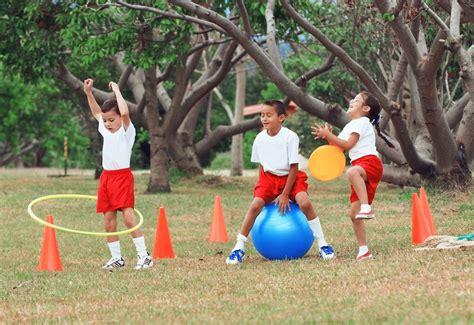 imagenes niños haciendo educacion fisica especialista explica los beneficios de la actividad f 237 sica