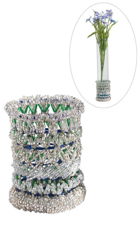 jewelry design seed beaded flower vase mountain