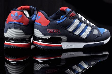 Sepatu Casual Runner Adidas Zx 750 Navy Made In low priced adidas zx 750 originals running shoes navy blue sky blue white