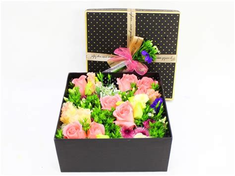 order flowers order flowers in box box flower 3 l09601 give gift