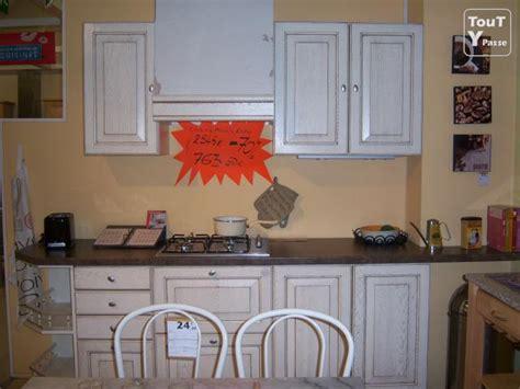 modele exposition cuisine cuisine de qualit 233 mod 232 le d exposition 224 petit prix