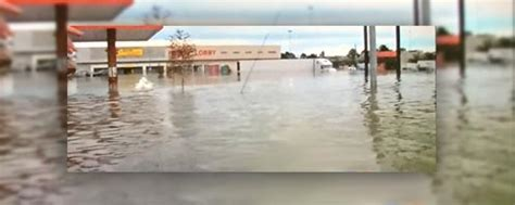 louisiana flooding closes baton rouge store hobby lobby