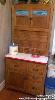 Small Hoosier Cabinet Sts Paper Scissors And Smiles Me And My Space