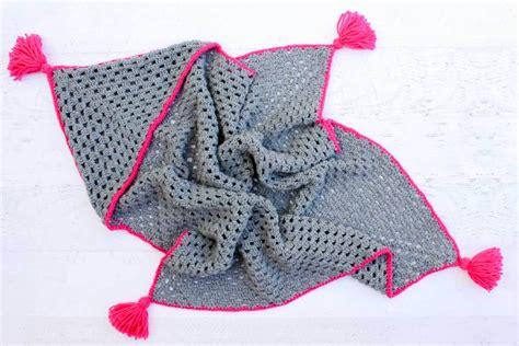 Crochet Free Patterns Baby Blankets by Modern Crochet Hooded Baby Blanket Free Pattern For Charity