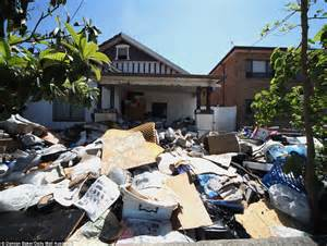 When Does The Mail Come To House by Hoarder S House Will Not Be Auctioned After Owners Come Up With 180k To Pay Clean Up Debts