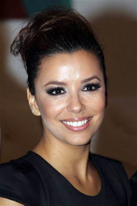 Longoria Really Needs Makeup by Longoria Smoky Longoria Makeup Looks