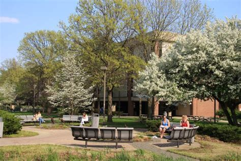 Purdue Calumet Tuition Mba by Top 30 Colleges For An Associate S Degree In Hospitality 2015