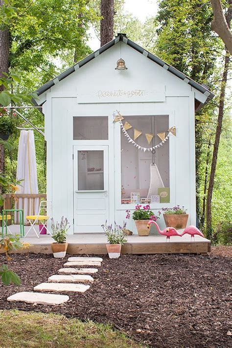 backyard playhouse ideas best 25 kid playhouse ideas on childrens