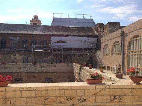 sede amministrativa in inglese restauro tetto e affreschi basilica della nativit 224