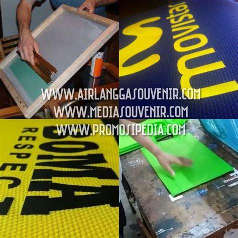 Kaos Airlangga airlangga souvenir corner jasa sablon gift set