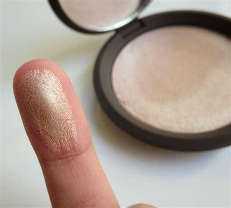 Becca Skin Perfektor 1 becca opal shimmering skin perfector pressed review