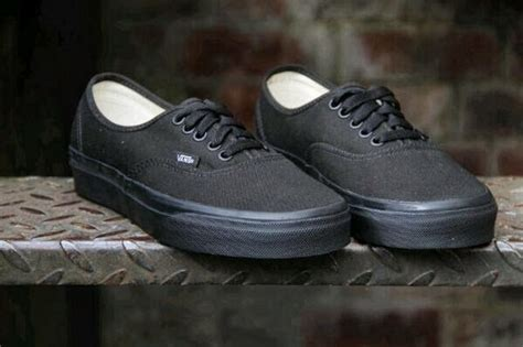 Vans Authentic Black Gum Wafle Hf sepatu vans authentic black hf original sepatu vans