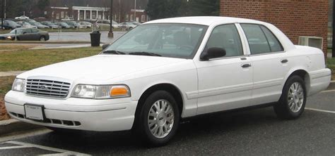 1992 lincoln town car ford crown victoria mercury grand marquis body chassis electrical ford crown victoria wikipedia