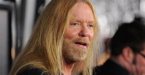gregg allman reveals    health issues gave  doctors reason  panic