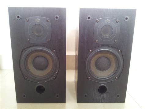 castle trent made classic stereo monitor bookshelf