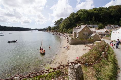 Cottages Helford River Area by Durgan Regatta Cornish Cottages