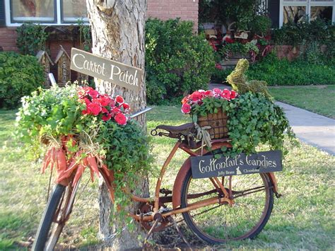 outdoor garden decor old bicycle garden decor briarpatchprim s weblog
